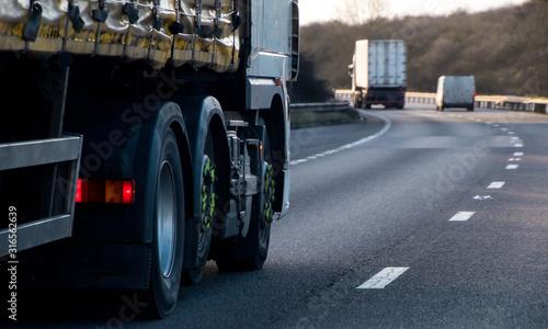 Familia Profesional Transporte y Mantenimiento de Vehículos <br><strong>Transporte por carretera: CAP. Calificación Inicial Acelerada, mercancías</strong>